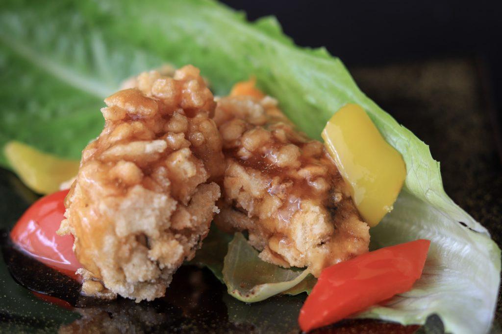 餡をかけた牡蠣のおかきフライ